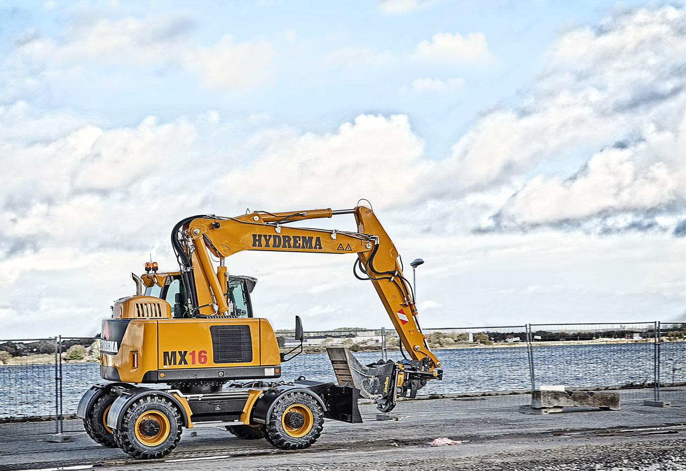 City excavators that set the standard!